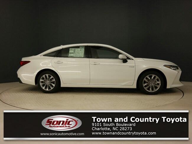 New 2019 Toyota Avalon Hybrid XLE Sedan for sale in Charlotte, NC