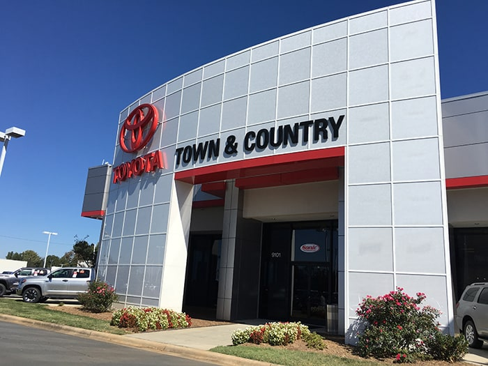 Town And Country Toyota >> Town And Country Toyota New Toyota Dealer In Charlotte Nc