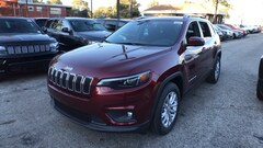 New 2019 Jeep Cherokee LATITUDE FWD Sport Utility in Chicago