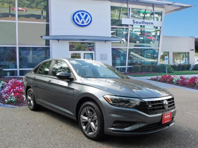 New 2019 Volkswagen Jetta 1.4T R-Line Sedan in Chesapeake