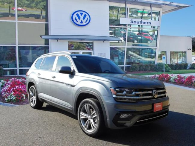 New 2019 Volkswagen Atlas V6 SEL R-Line 4motion SUV in Chesapeake