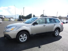 Used 2014 Subaru Outback 2.5i (M6) SUV 4S4BRBAC9E1267489 for sale in Medford OR