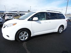 Used 2016 Toyota Sienna Van 5TDKK3DCXGS720955 for sale in Medford OR