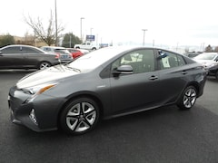 Used 2016 Toyota Prius Hatchback for sale in Medford OR