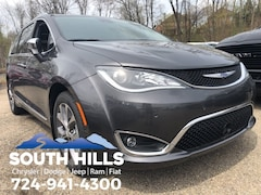 New 2019 Chrysler Pacifica LIMITED Passenger Van for sale near Pittsburgh