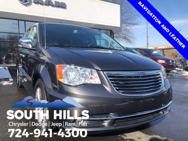 2016 Chrysler Town & Country Touring-L Van LWB Passenger Van for sale near Pittsburgh
