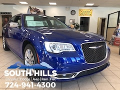 new 2018 Chrysler 300 LIMITED AWD Sedan for sale in Washington, PA