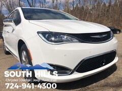 new 2019 Chrysler Pacifica LIMITED Passenger Van for sale in Canonsburg