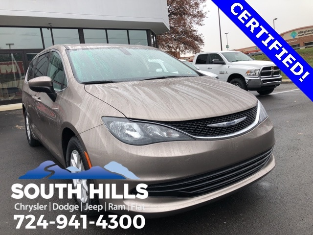 2017 Chrysler Pacifica LX Van for sale near Pittsburgh