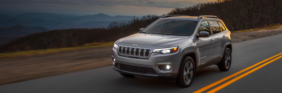 Jeep Dealership Pittsburgh >> Jeep Cherokee Suv Near Pittsburgh South Hills Chrysler Dodge Jeep