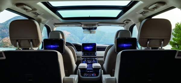 New Lincoln Navigator Interior Rear