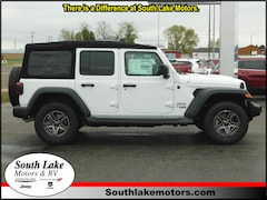 New 2018 Jeep Wrangler UNLIMITED SPORT S 4X4 Sport Utility 1C4HJXDG6JW178803 Rice Lake, WI