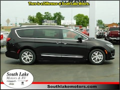 New 2018 Chrysler Pacifica TOURING L Passenger Van 2C4RC1BGXJR156844 Rice Lake, WI