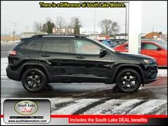 New 2019 Jeep Cherokee ALTITUDE 4X4 Sport Utility 1C4PJMLX0KD378505 Rice Lake, WI