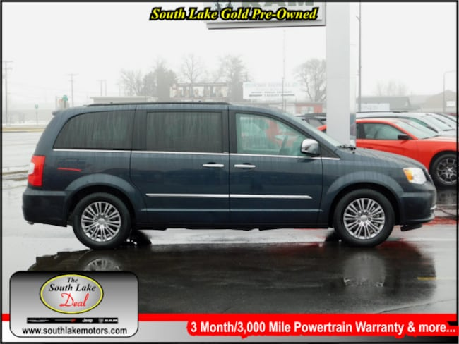 Used 2014 Chrysler Town & Country Touring-L Van Rice Lake WI