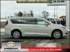 New 2019 Chrysler Pacifica TOURING L Passenger Van 2C4RC1BG1KR629239 Rice Lake, WI