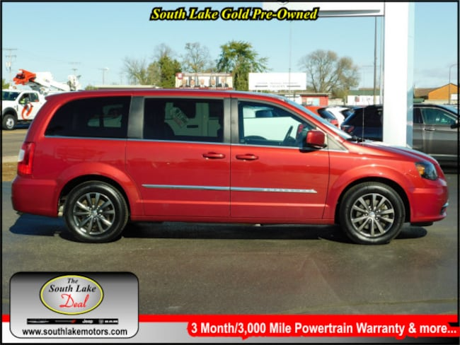 Used 2015 Chrysler Town & Country S Van Rice Lake WI