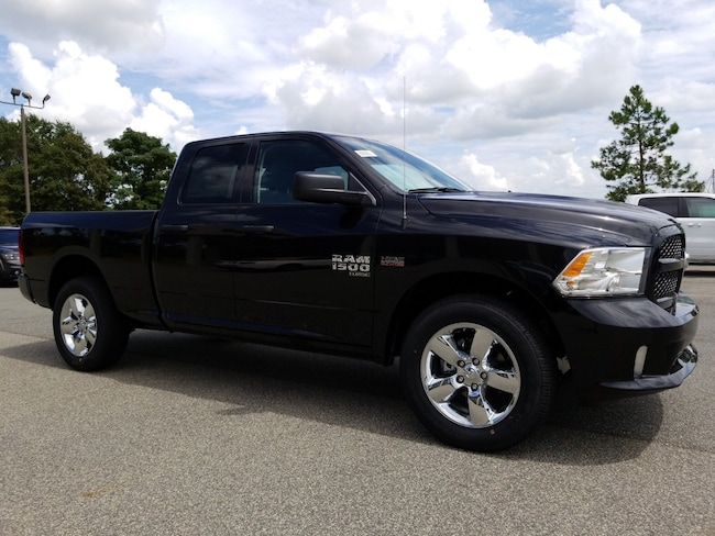 2019 Ram 1500 CLASSIC EXPRESS QUAD CAB 4X4 6'4 BOX Quad Cab in Cordele at Southland Chrysler