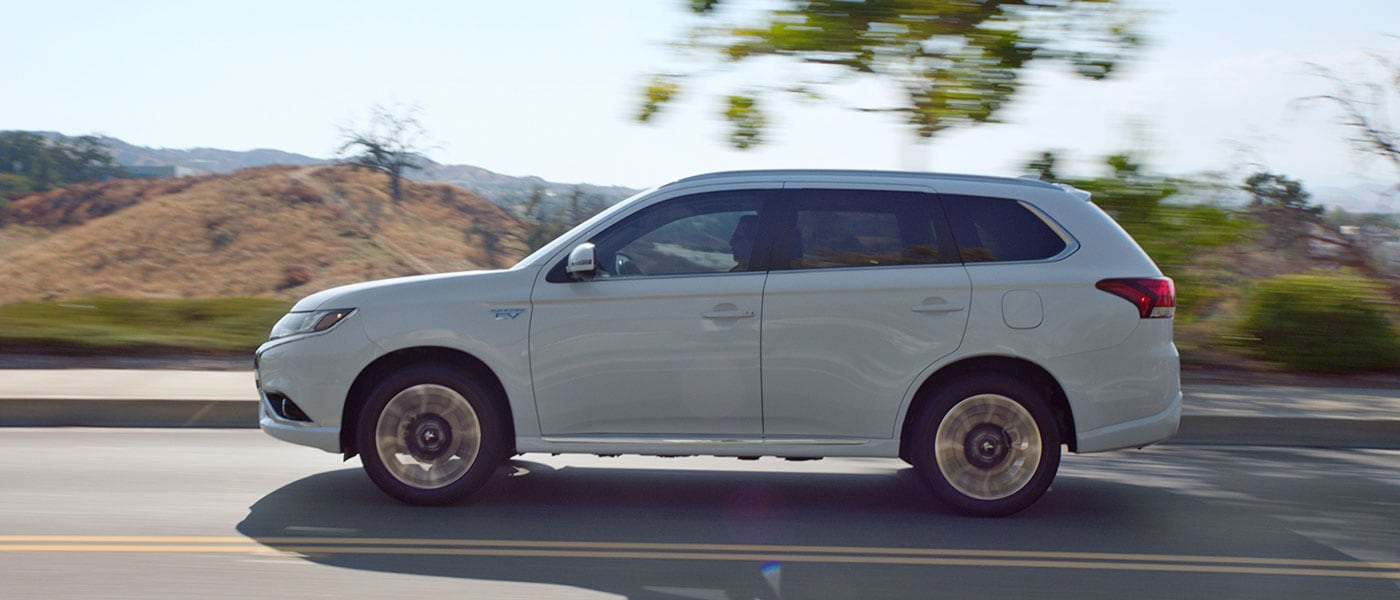 2018 Mitsubishi Outlander PHEV driving down road