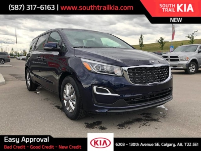 New 2020 Kia Sedona LX in Calgary