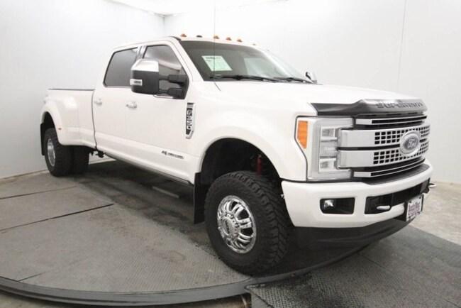 certified used 2017 Ford F-350 Platinum Truck Crew Cab in San Antonio