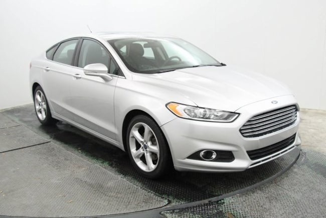 certified used 2016 Ford Fusion SE Sedan in San Antonio