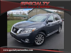 Used 2014 Nissan Pathfinder Hybrid SL SUV for sale in Green Bay
