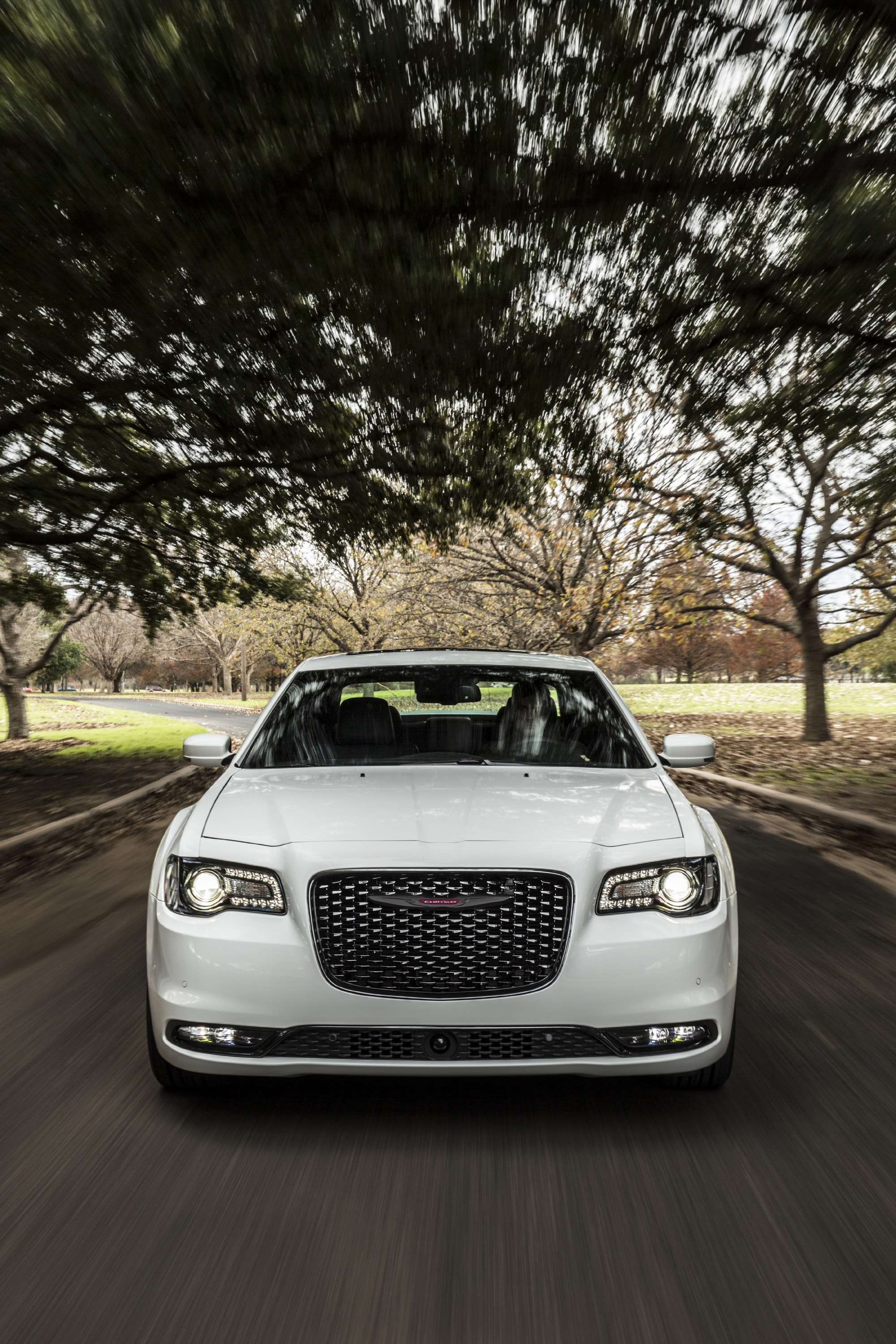 Front Grille View of Chrysler 300 in motion