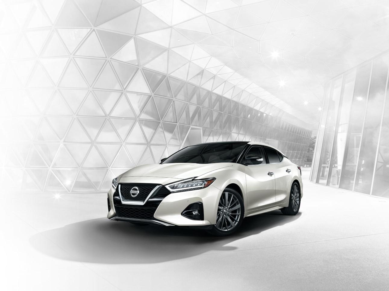 2020 Nissan Maxima Exterior 3/4 View