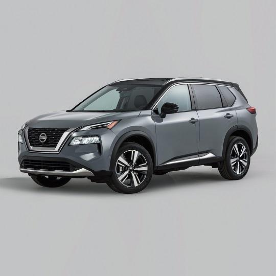 2021 Nissan Rogue exterior view 3/4