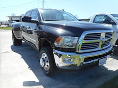 New 2018 Ram 3500 BIG HORN CREW CAB 4X4 8' BOX Crew Cab 3C63RRHL7JG247283 near Jefferson City, MO