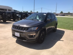 New 2018 Jeep Compass ALTITUDE FWD Sport Utility 3C4NJCBB9JT300238 near Jefferson City, MO