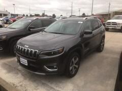 New 2019 Jeep Cherokee LIMITED 4X4 Sport Utility 1C4PJMDX3KD276842 near Jefferson City, MO