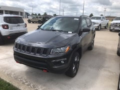 New 2018 Jeep Compass TRAILHAWK 4X4 Sport Utility 3C4NJDDB0JT410307 near Jefferson City, MO