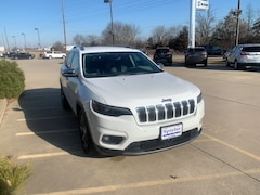 Used 2019 Jeep Cherokee Limited FWD SUV 1C4PJLDB5KD131588 for Sale in California, MO