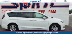 Certified Pre-Owned 2018 Chrysler Pacifica Touring L Van in Swedesboro New Jersey