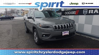 New 2019 Jeep Cherokee LATITUDE PLUS 4X4 Sport Utility 1C4PJMLB4KD378592 in Swedesboro New Jersey