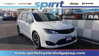 New 2019 Chrysler Pacifica TOURING PLUS Passenger Van 2C4RC1FG5KR523130 in Swedesboro New Jersey