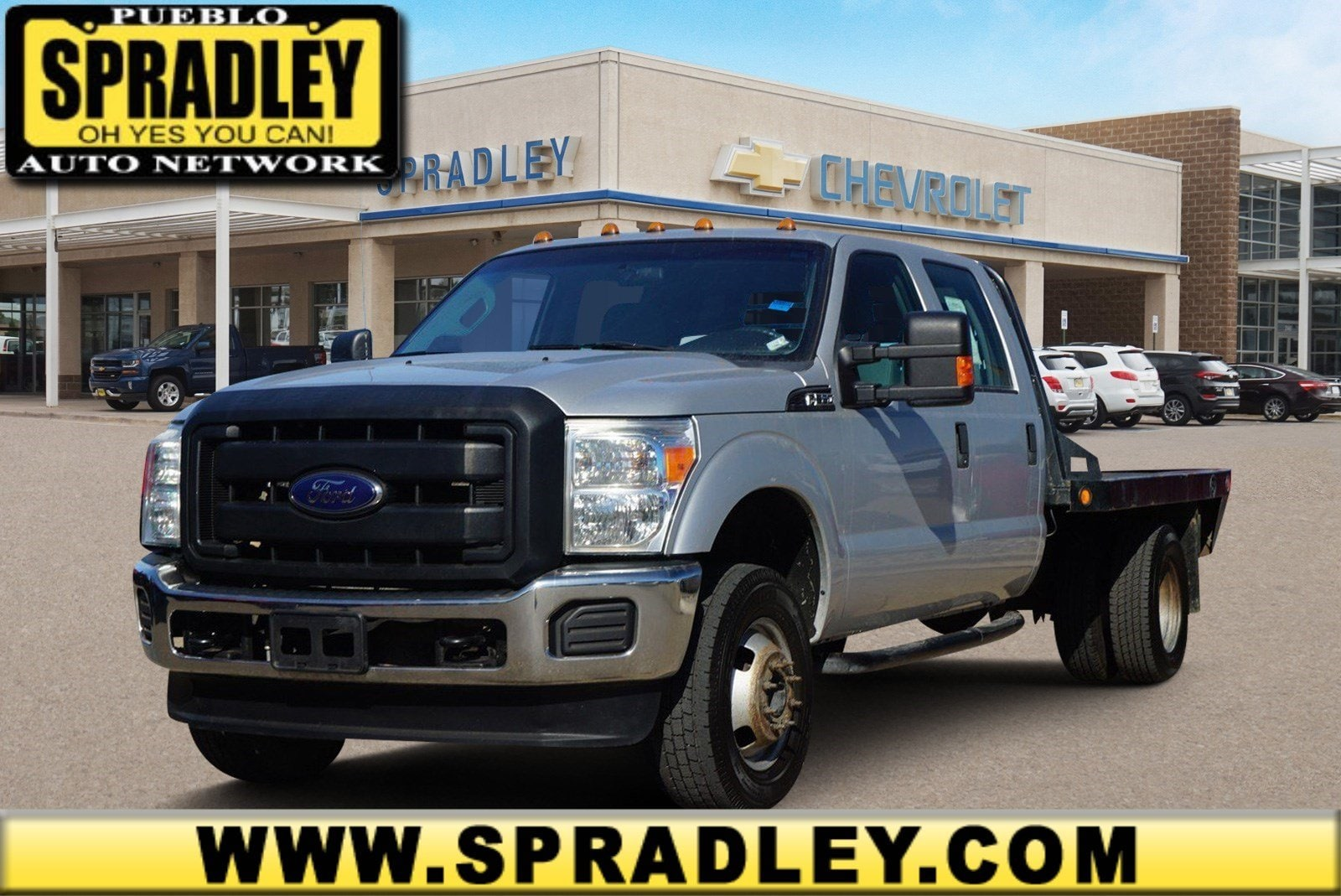2013 Ford F-350 Chassis Truck Crew Cab