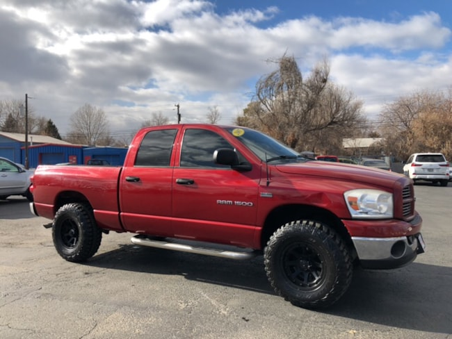 2007 Dodge Ram 1500 SLT/TRX4 Off Road/Sport Truck Quad Cab