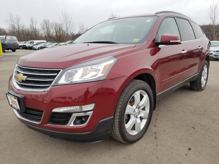 Used 2016 Chevrolet Traverse LT w/1LT SUV for sale in Brockport, NY at Spurr Subaru