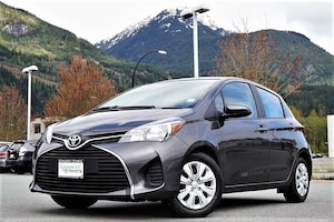 2017 Toyota Yaris LE 5-Door Hatchback Automatic with 33600km