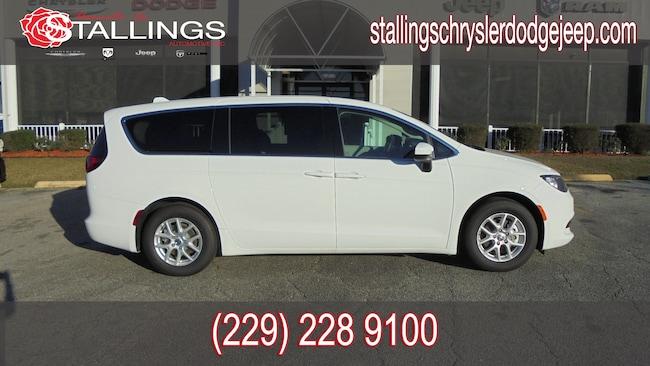 Used 2018 Chrysler Pacifica LX Passenger Van in Thomasville, GA