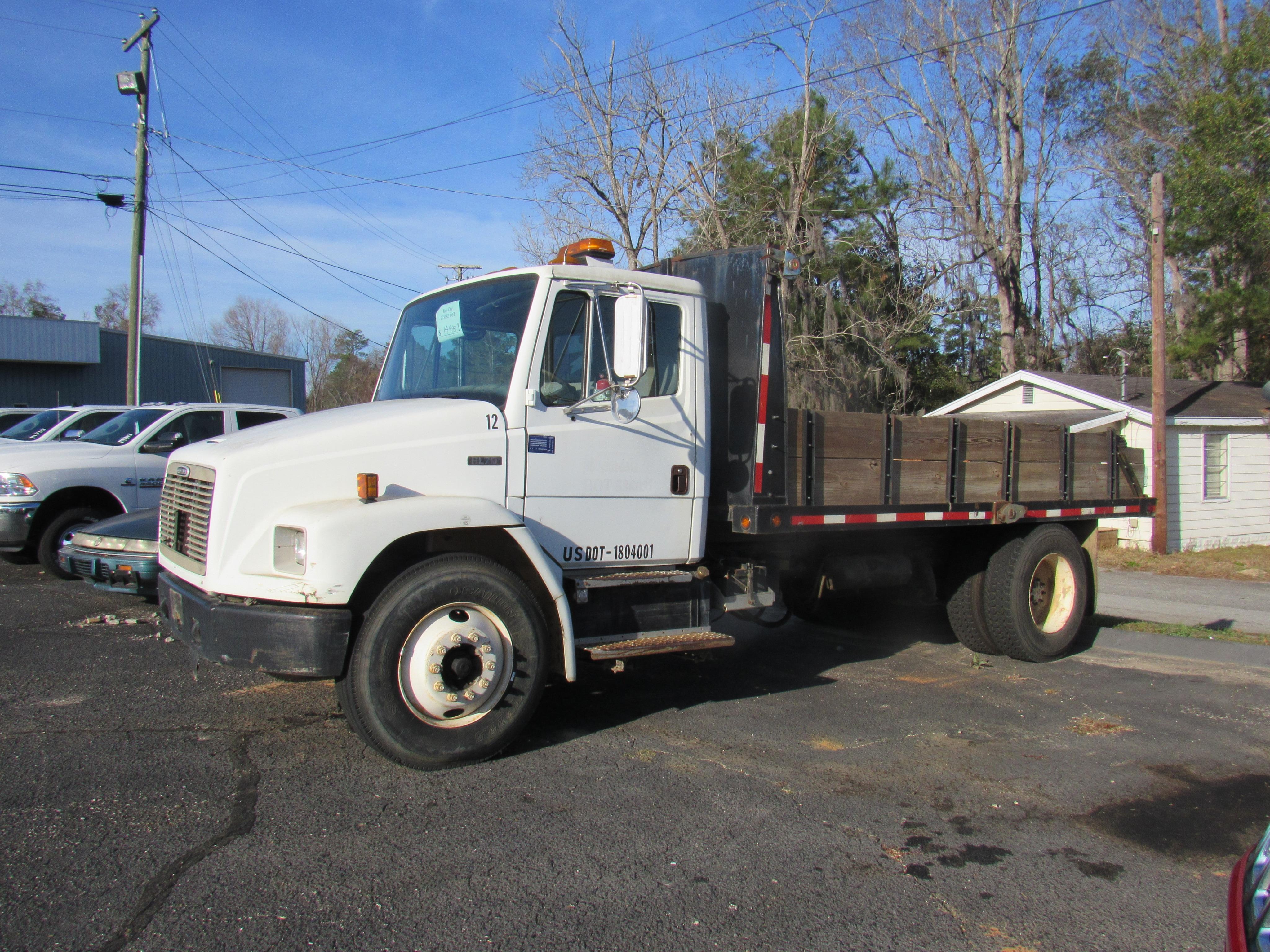 2001 Freightliner Dump Truck Truck