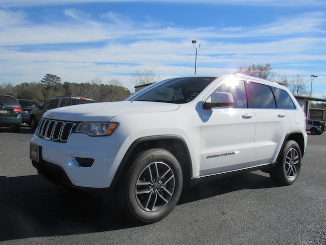 New 2019 Jeep Grand Cherokee LAREDO E 4X2 Sport Utility for sale in Cairo, GA at Stallings Motors