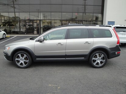 Certified Used 2015 Volvo XC70 T6 AWD Premier Plus For Sale in Stamford CT  | VIN: