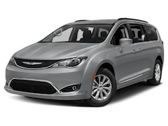 2019 Chrysler Pacifica Touring L Plus Van Passenger Van