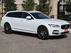 New 2018 Volvo V90 Cross Country T6 AWD Wagon YV4A22NLXJ1023808 in Houston, TX