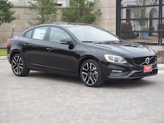 2018 Volvo S60 T5 AWD Dynamic Sedan YV140MTL0J2460855
