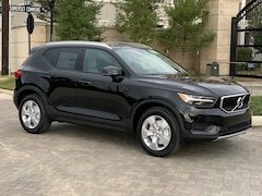 New 2020 Volvo XC40 T4 Momentum SUV YV4AC2HK1L2242251 in Houston, TX